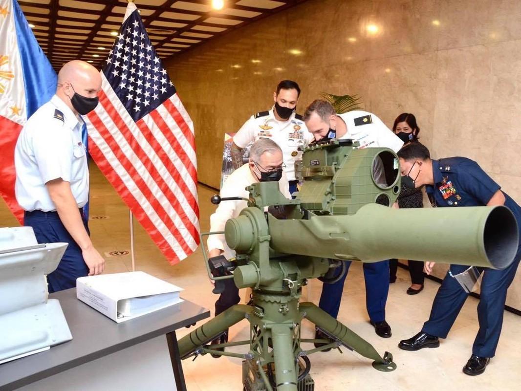 Bom dan duong bang laser cua My giup gi cho Quan doi Philippines?-Hinh-2