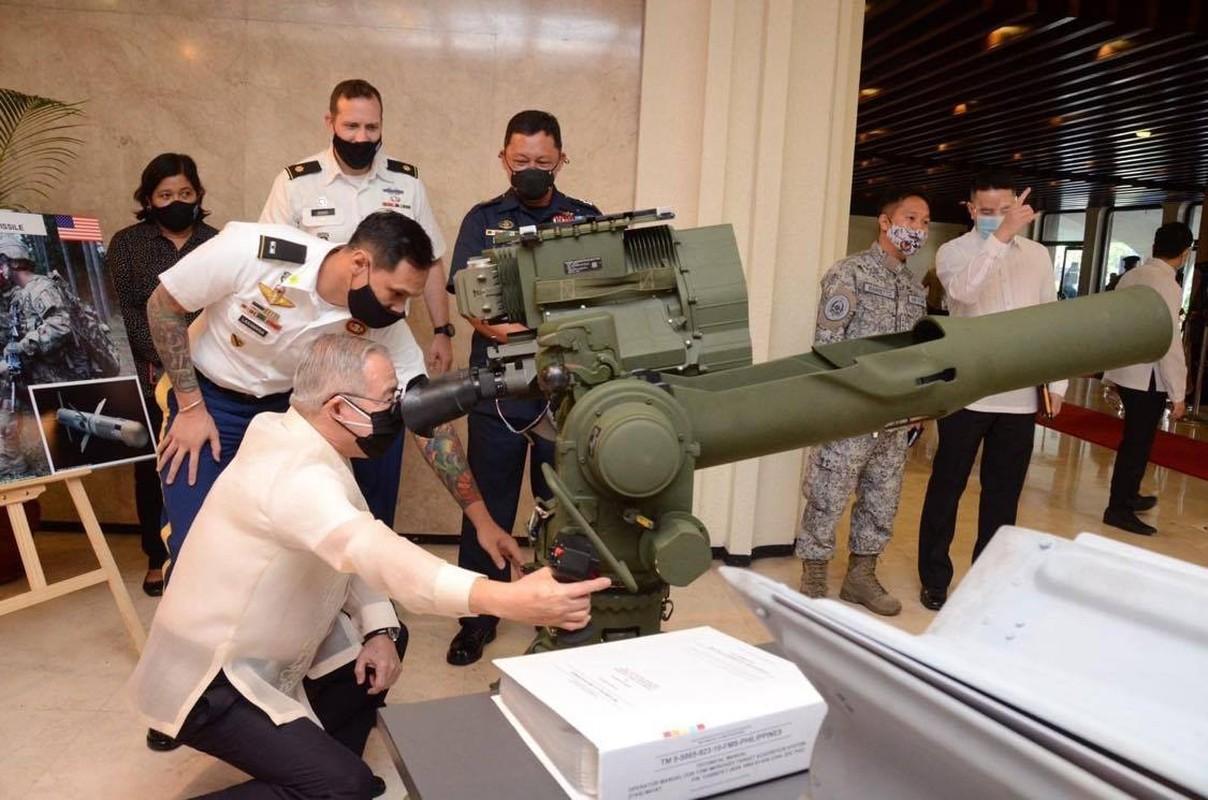 Bom dan duong bang laser cua My giup gi cho Quan doi Philippines?-Hinh-5