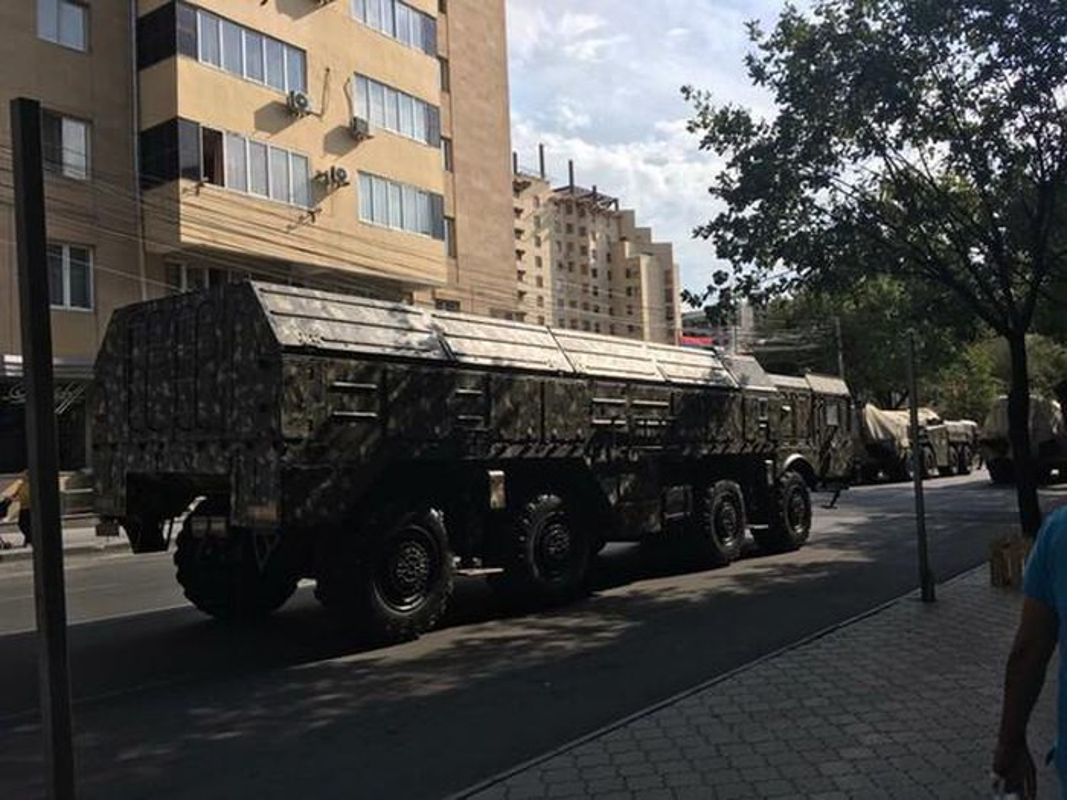 Tiet lo soc: Nga kiem soat khien Iskander-E Armenia khong the tham chien-Hinh-13
