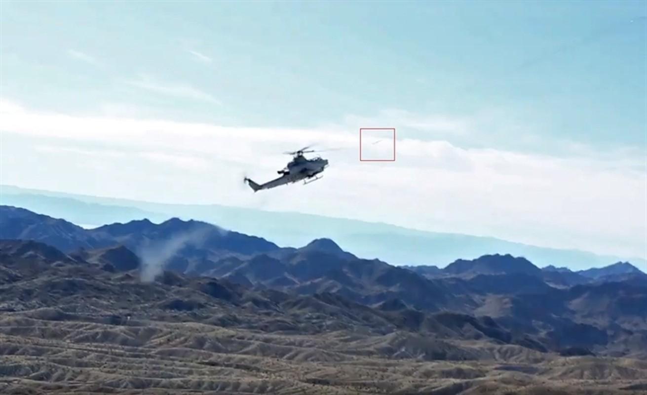 Luc quan My pho dien suc manh truc thang tan cong AH-1Z Viper