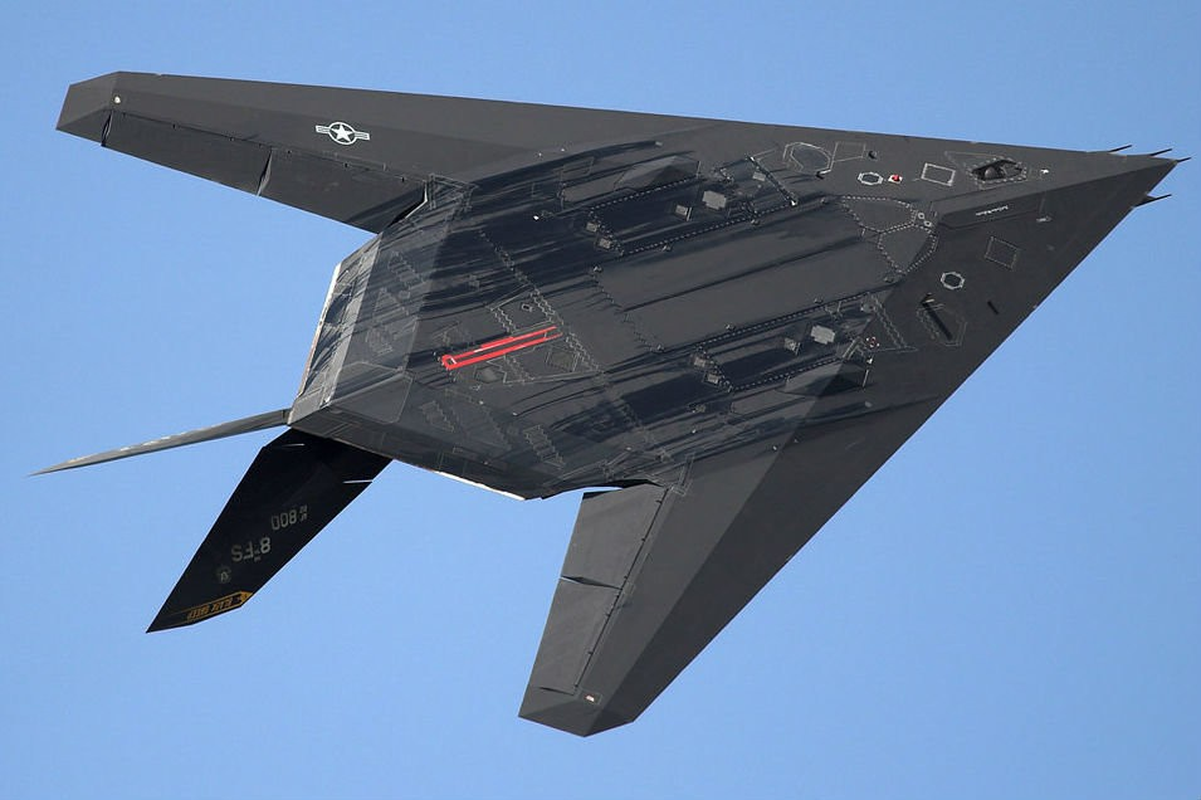 Tiet lo bi mat vu chiec F-117A thu hai bi Serbia ban trung-Hinh-11