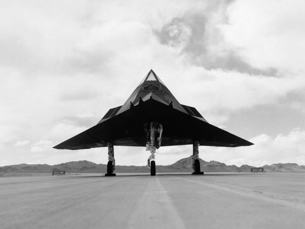Tiet lo bi mat vu chiec F-117A thu hai bi Serbia ban trung-Hinh-4