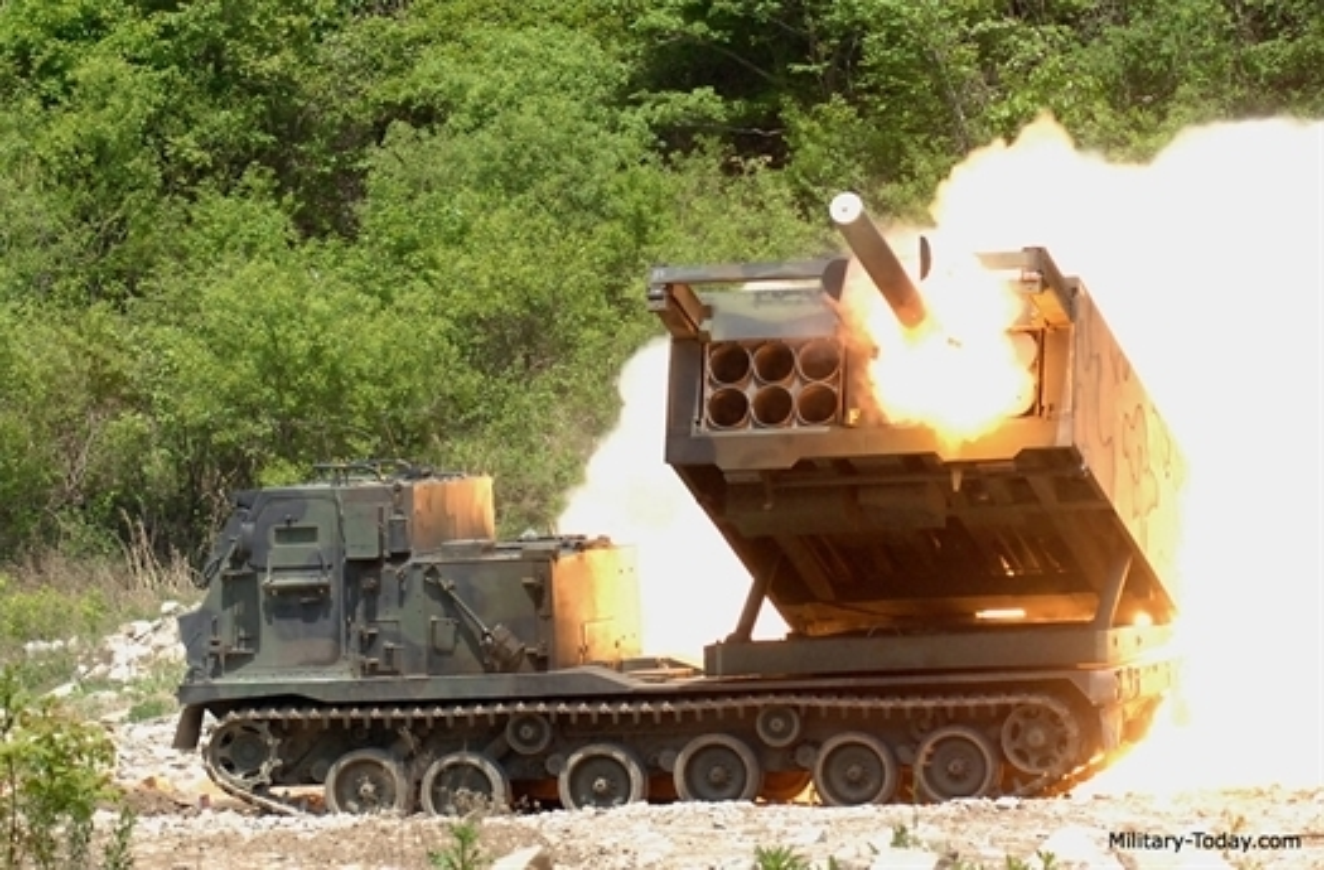 My trien khai phao phan luc M270 den Ba Lan, Nga nen dan biet so?-Hinh-8