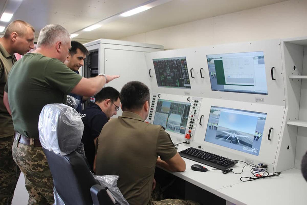 Dau hieu Ukraine dung UAV Bayraktar TB2 tan cong vao mien Dong-Hinh-12