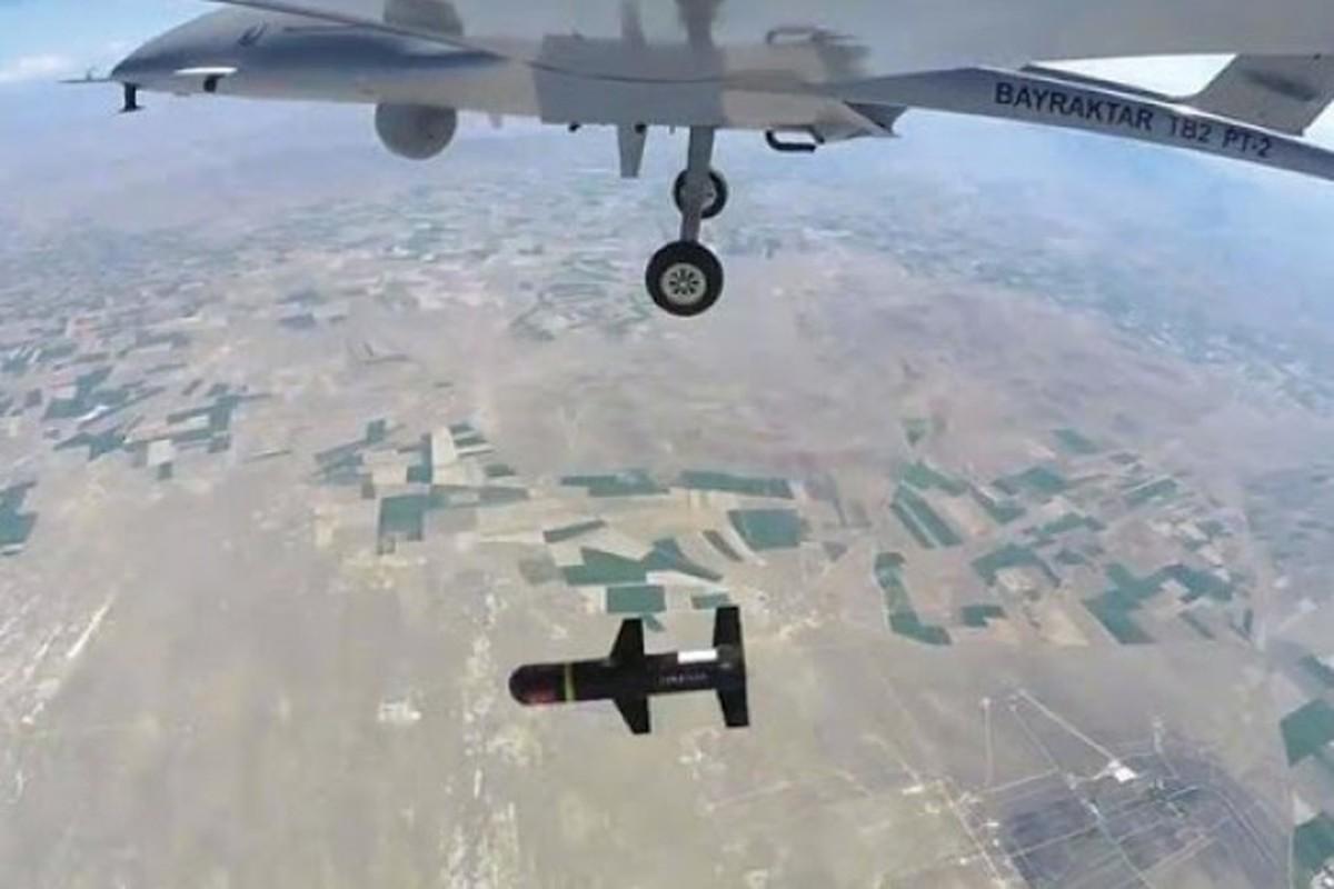 Dau hieu Ukraine dung UAV Bayraktar TB2 tan cong vao mien Dong-Hinh-2