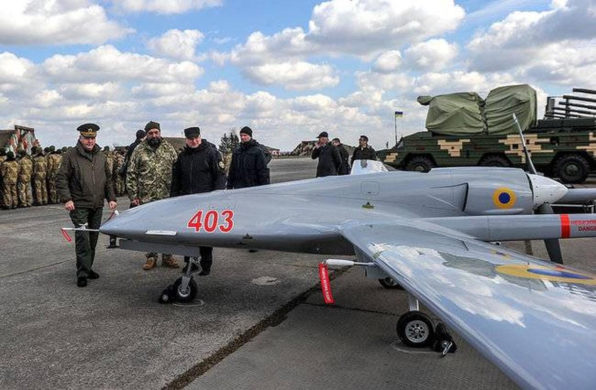Dau hieu Ukraine dung UAV Bayraktar TB2 tan cong vao mien Dong-Hinh-5