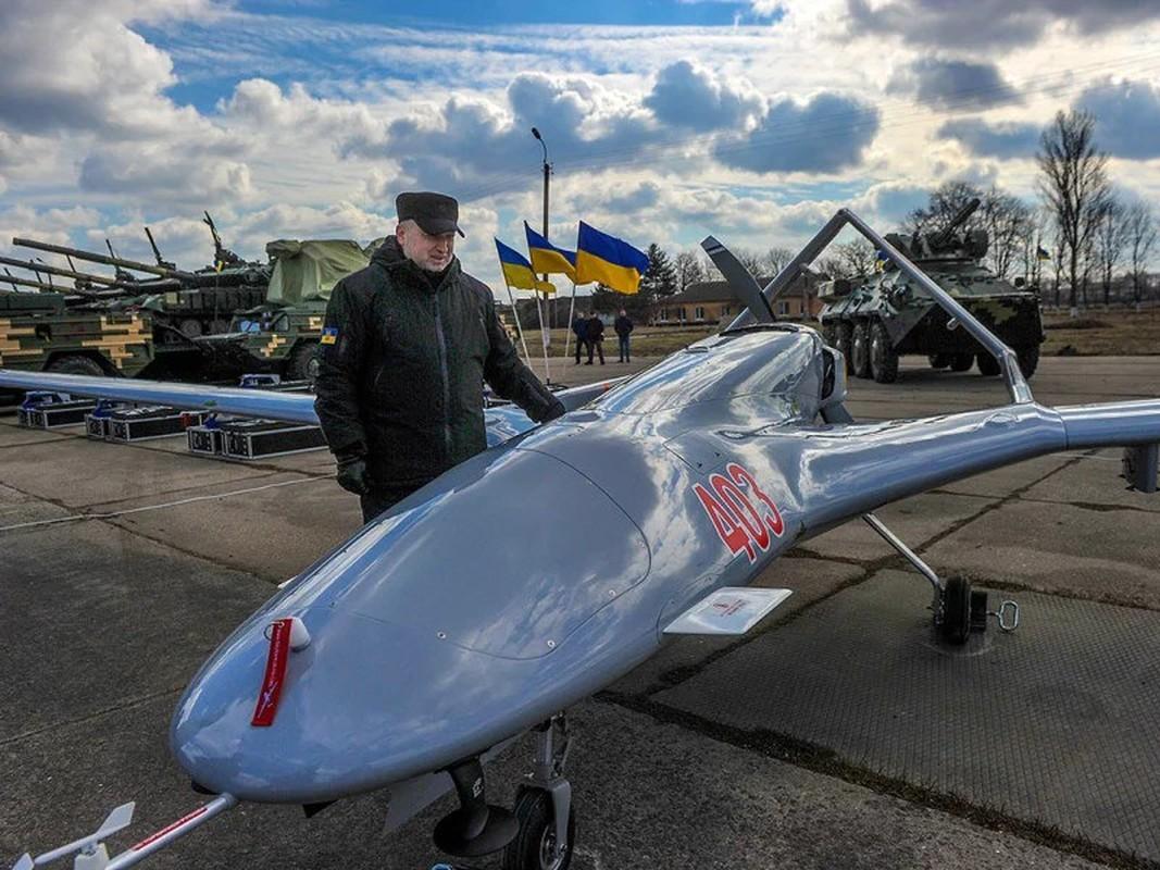 Dau hieu Ukraine dung UAV Bayraktar TB2 tan cong vao mien Dong-Hinh-6