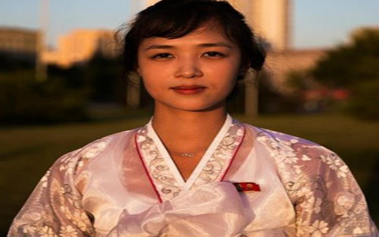 Ngam ve dep moc mac cua phu nu Trieu Tien-Hinh-2