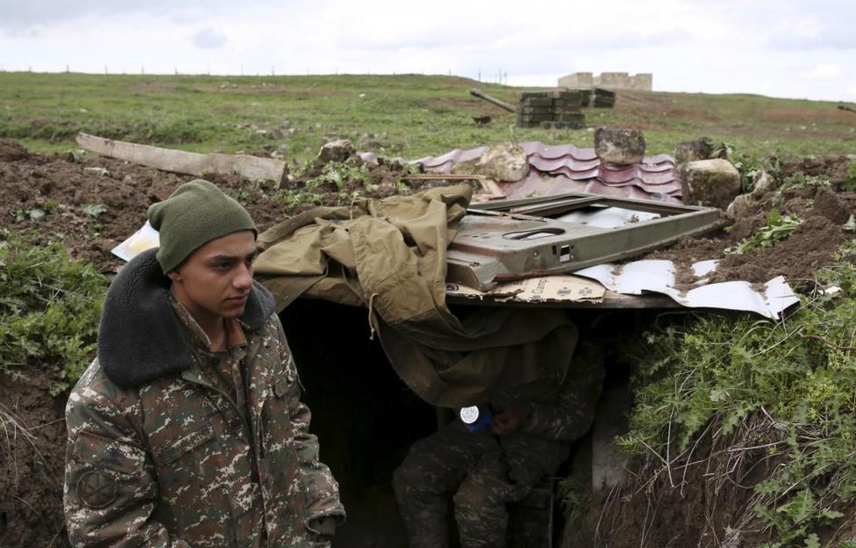Xung dot quan su ac liet Armenia-Azerbaijan qua anh-Hinh-4