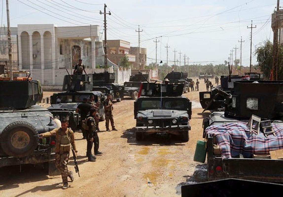 Canh nguoi dan Iraq tro ve thanh pho Heet vua giai phong-Hinh-2