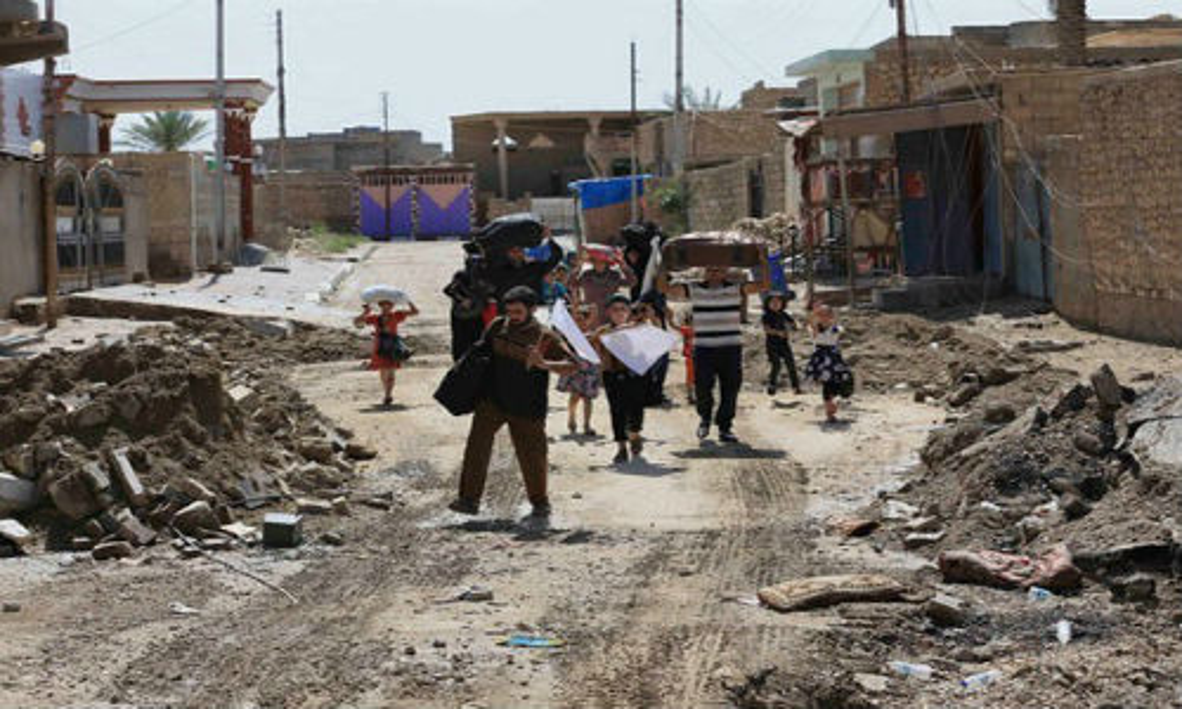 Canh nguoi dan Iraq tro ve thanh pho Heet vua giai phong-Hinh-3