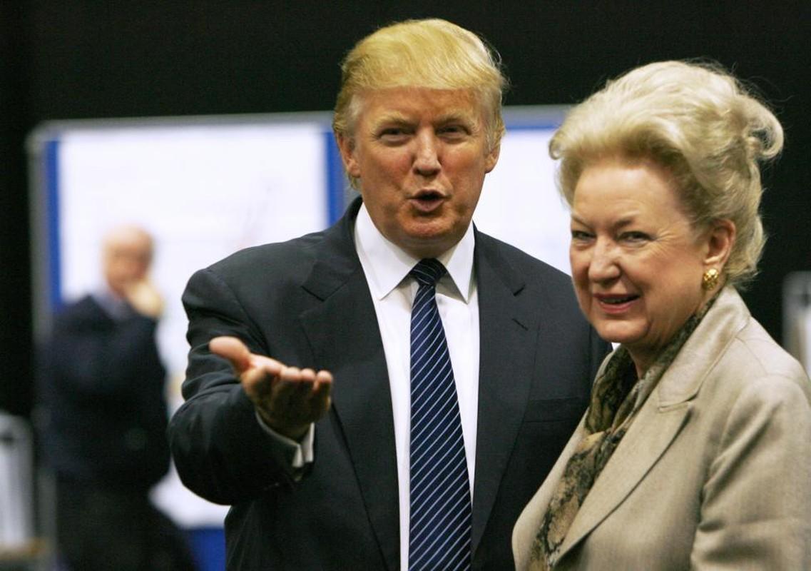 Chum anh dai gia dinh sat canh cung Donald Trump-Hinh-15