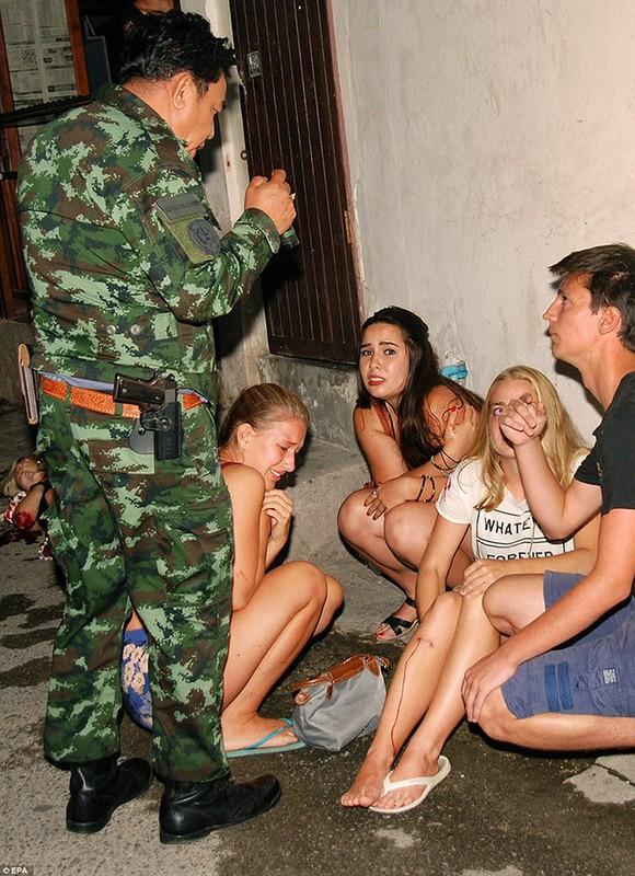 Anh moi nhat ve loat vu danh bom dam mau o Thai Lan-Hinh-3
