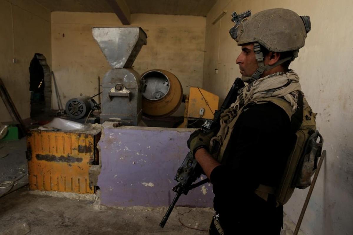Dot nhap duong ham tau thoat cua phien quan IS o Mosul-Hinh-9