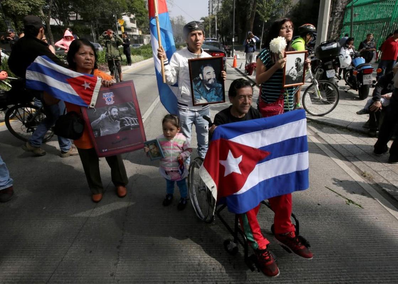 Chum anh the gioi tuong nho lanh tu Cuba Fidel Castro-Hinh-7