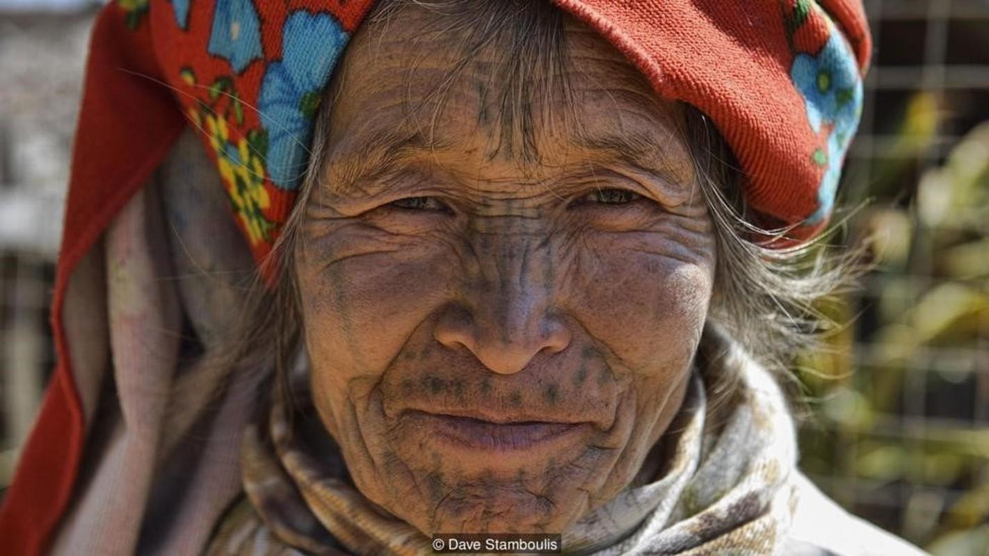 """Huyen thoai nhung nguoi dan ba """"mat ho"""" o Myanmar"""