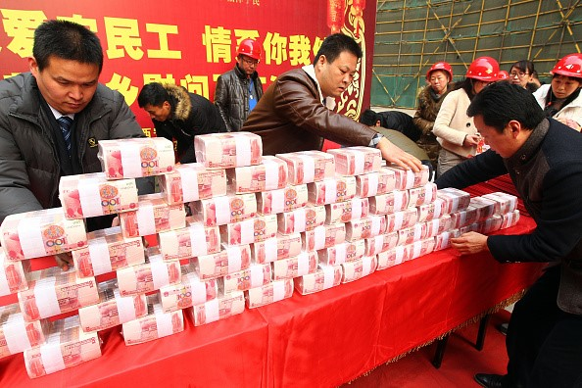 Dan Chau A giang den long, ruc rich mua sam Tet-Hinh-3