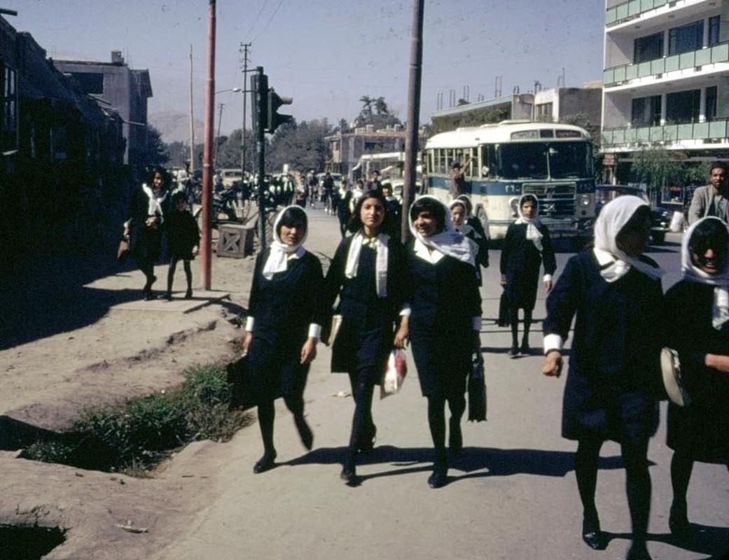 Chum anh cuoc song yen binh o Afghanistan nhung nam 1960-Hinh-6