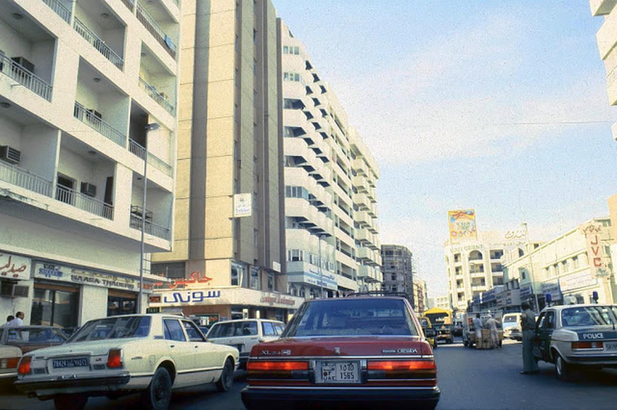 Kham pha cuoc song o Dubai hoi thap nien 1980-Hinh-5