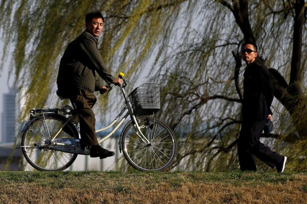 Cuoc song yen binh o Trieu Tien qua anh Reuters-Hinh-4