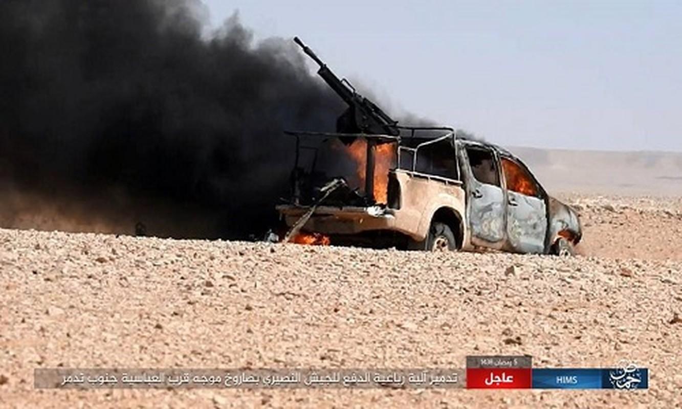 Anh: IS chiem loat xe quan su cua quan Syria o Homs-Hinh-3