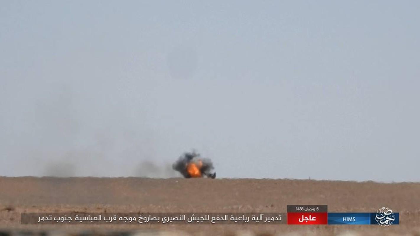 Anh: IS chiem loat xe quan su cua quan Syria o Homs-Hinh-5