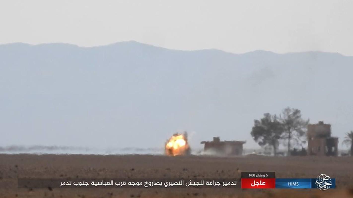 Anh: IS chiem loat xe quan su cua quan Syria o Homs