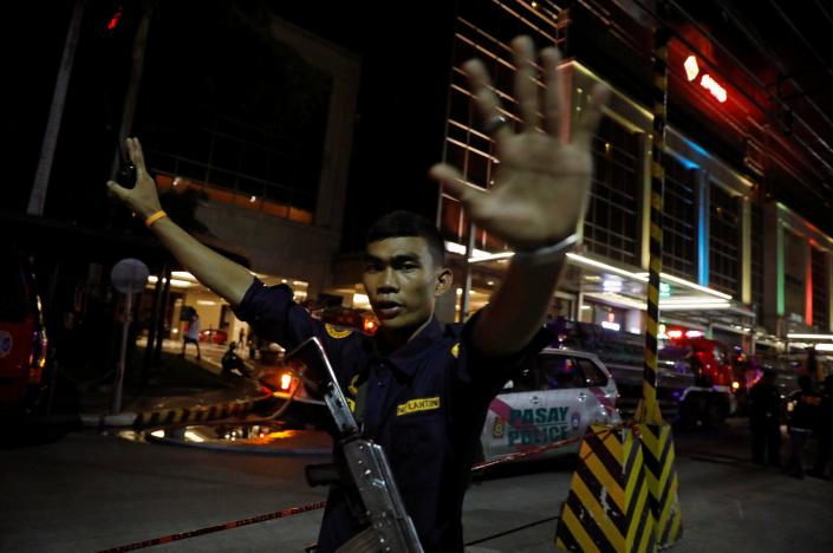 Toan canh vu tan cong khu nghi duong o Manila, Philippines-Hinh-12