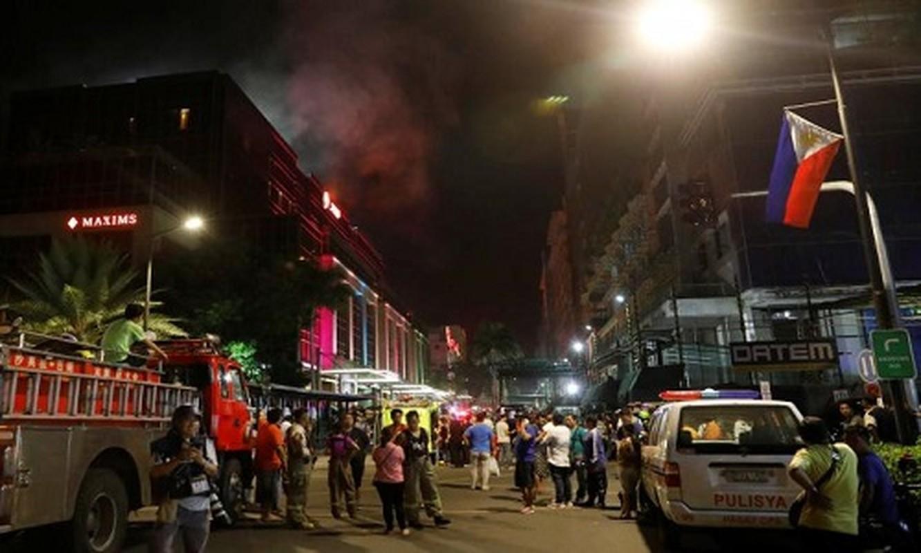 Toan canh vu tan cong khu nghi duong o Manila, Philippines