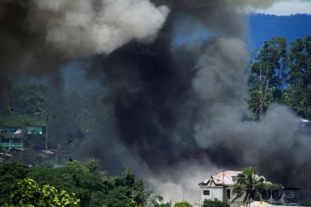 Khoc liet chien dich giai phong thanh pho Marawi khoi khung bo
