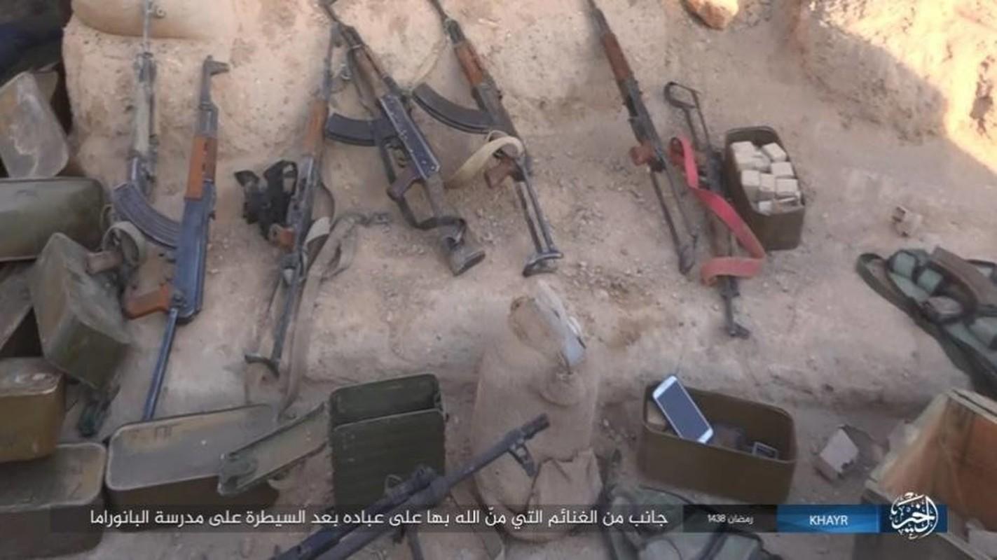 Anh: Phien quan IS doc toan luc danh chiem Deir ez-Zor-Hinh-11