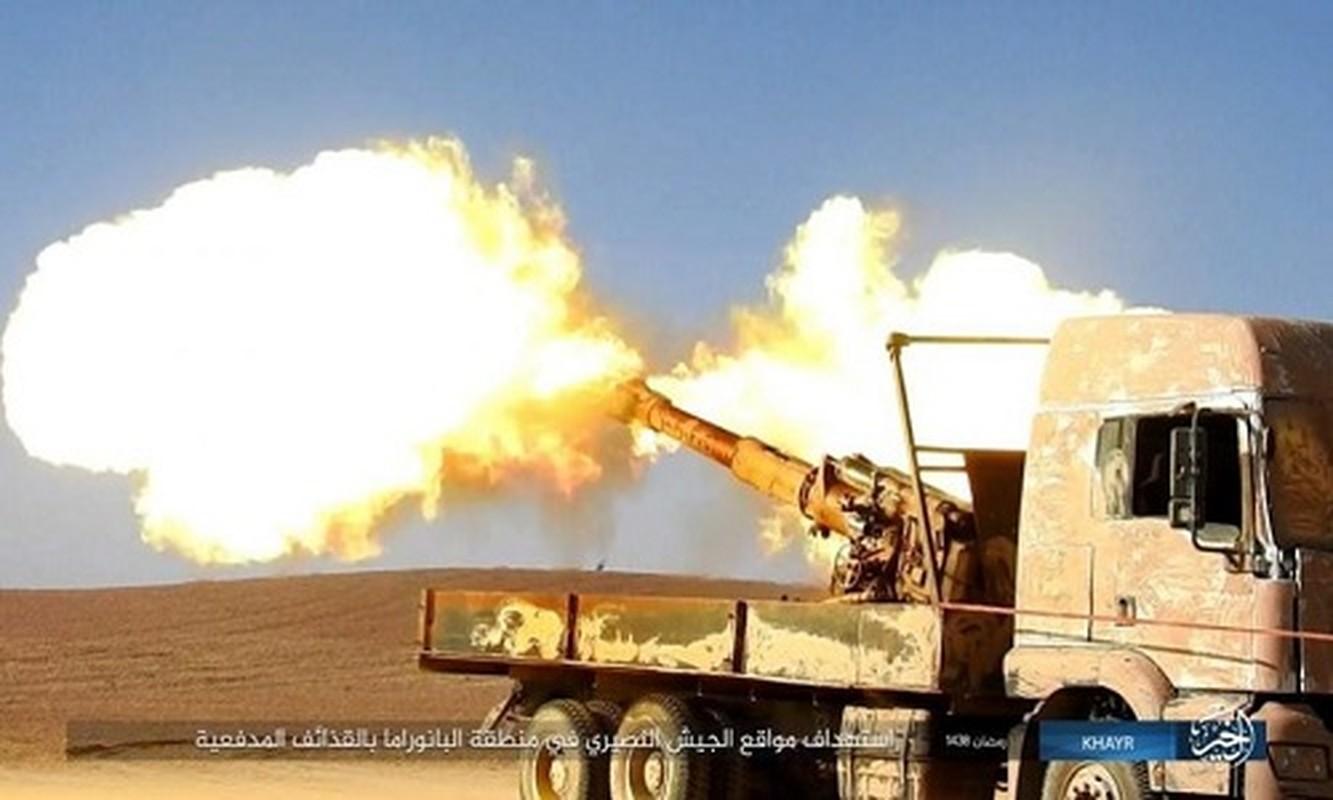 Anh: Phien quan IS doc toan luc danh chiem Deir ez-Zor
