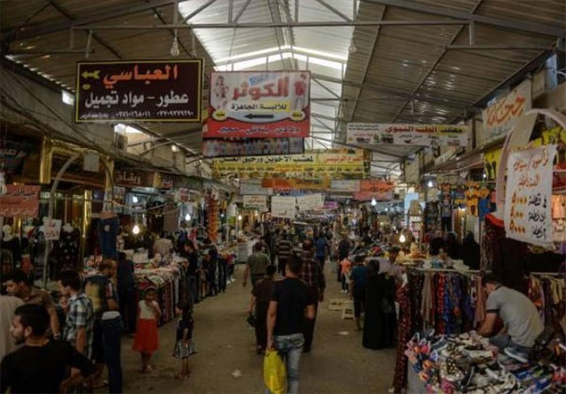 Anh: Nguoi dan Iraq tung bung mua sam o Dong Mosul-Hinh-7