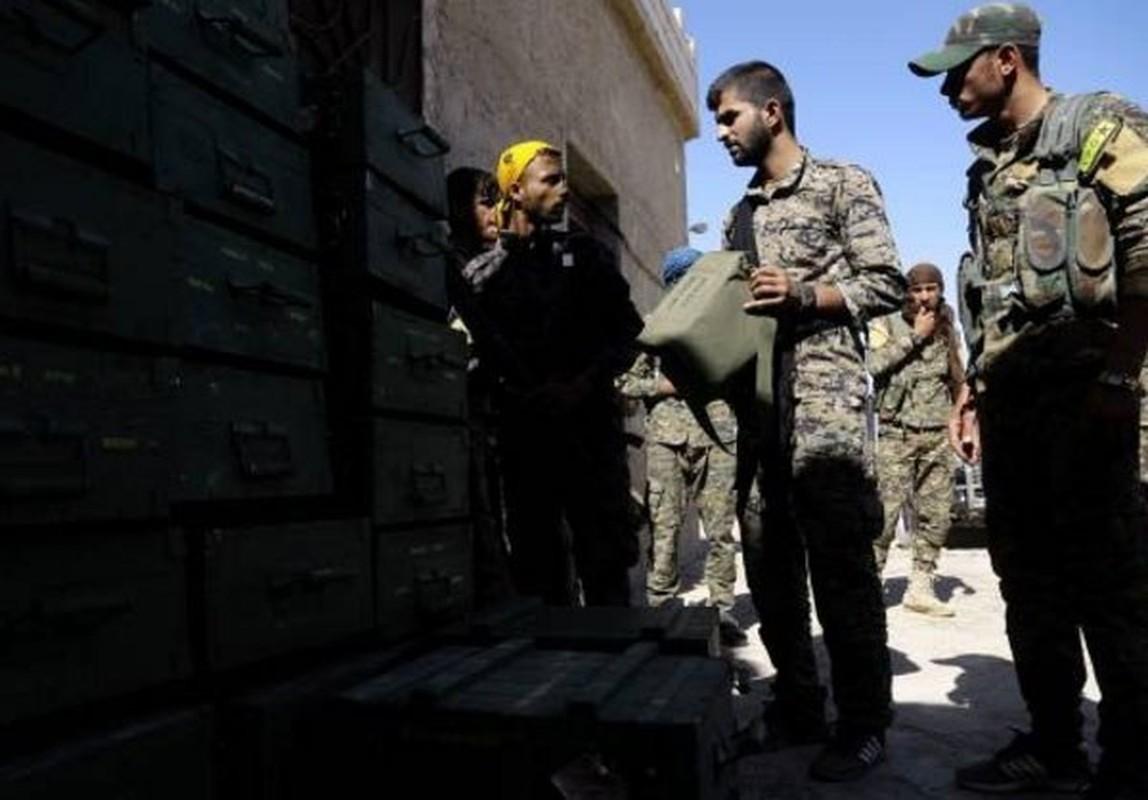 "Anh: My ""tuon"" vu khi cho nguoi Kurd tai Raqqa-Hinh-7"