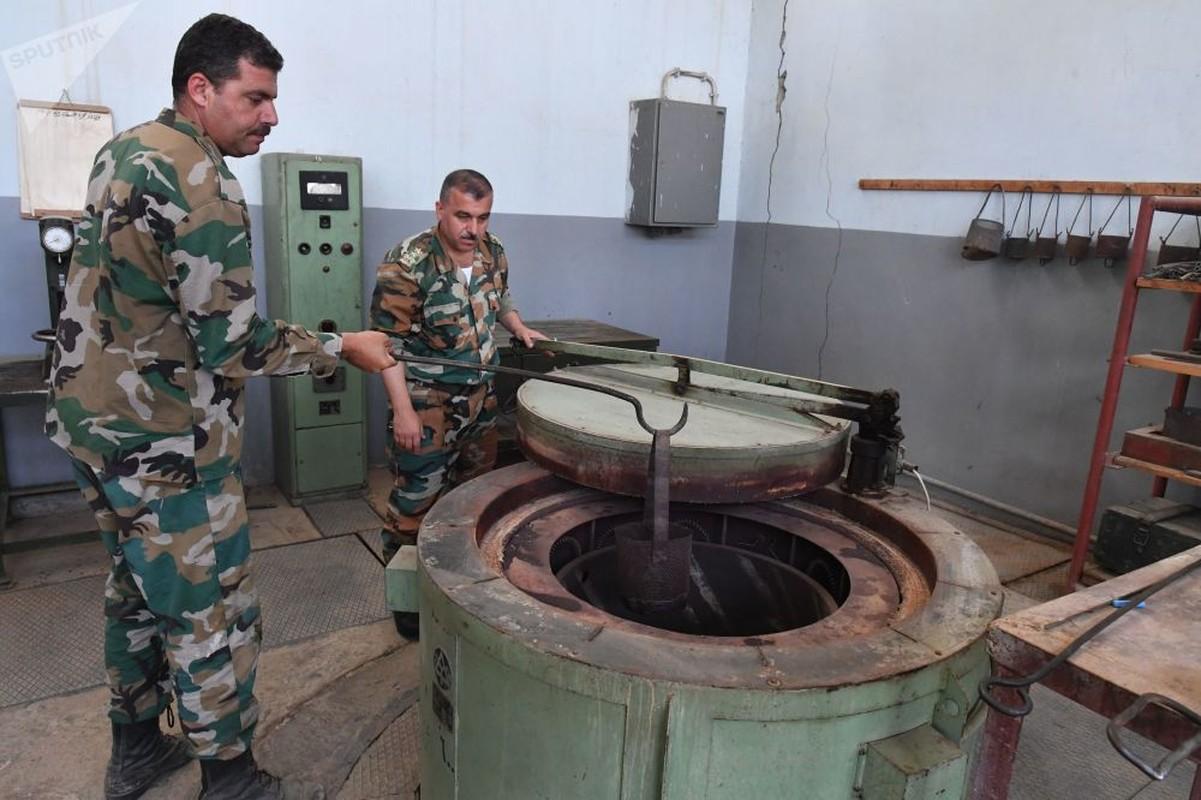 Dot nhap xuong sua chua vu khi cua quan doi Syria o Hama-Hinh-5