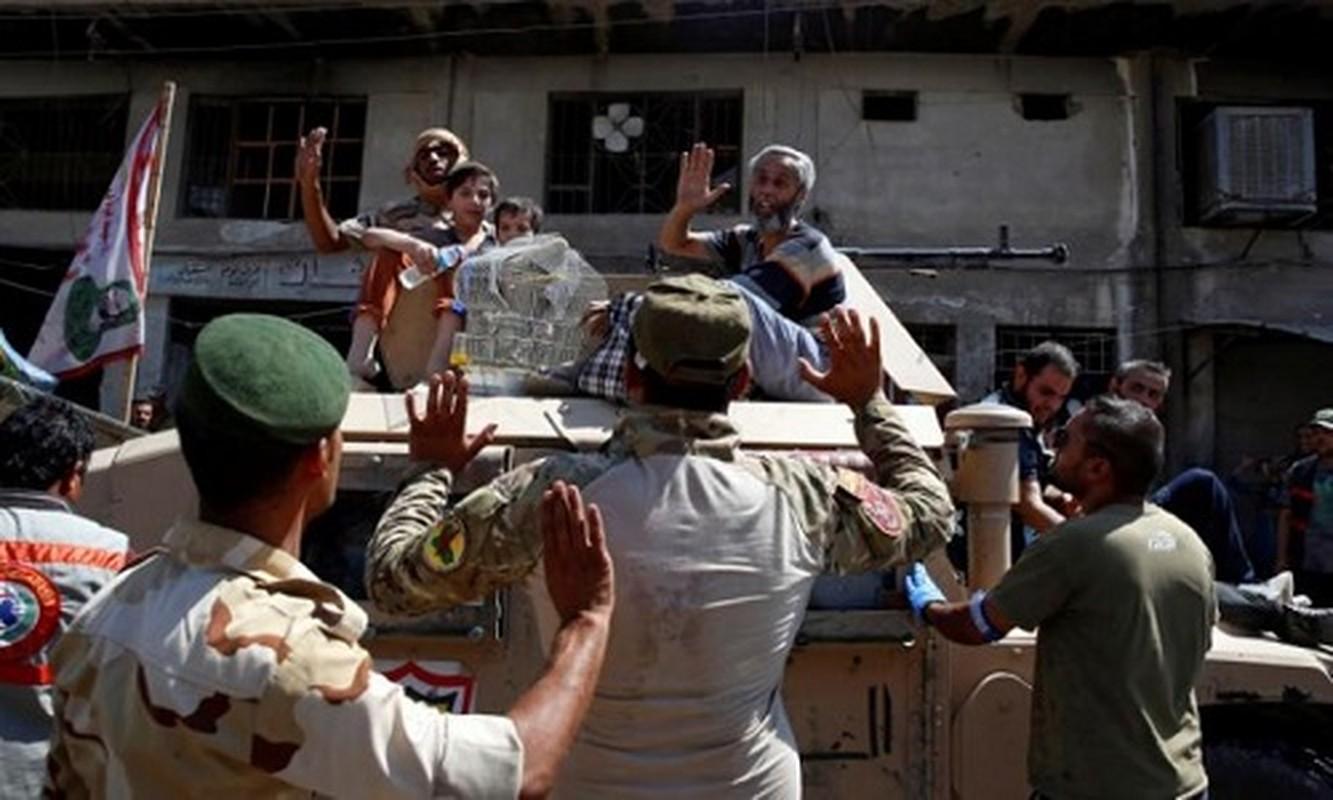 Anh: Giao tranh du doi, dan Iraq keo nhau roi Thanh co Mosul-Hinh-6
