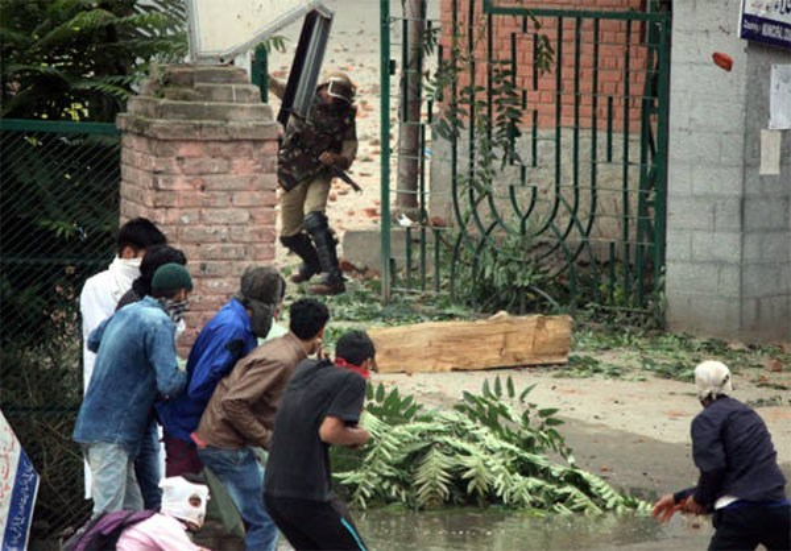 Anh: Dung do du doi bung phat o Kashmir dip le Eid al-Fitr-Hinh-6