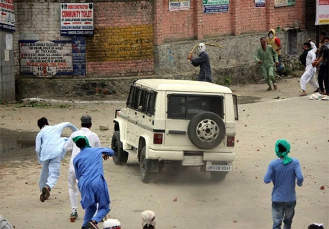 Anh: Dung do du doi bung phat o Kashmir dip le Eid al-Fitr-Hinh-7