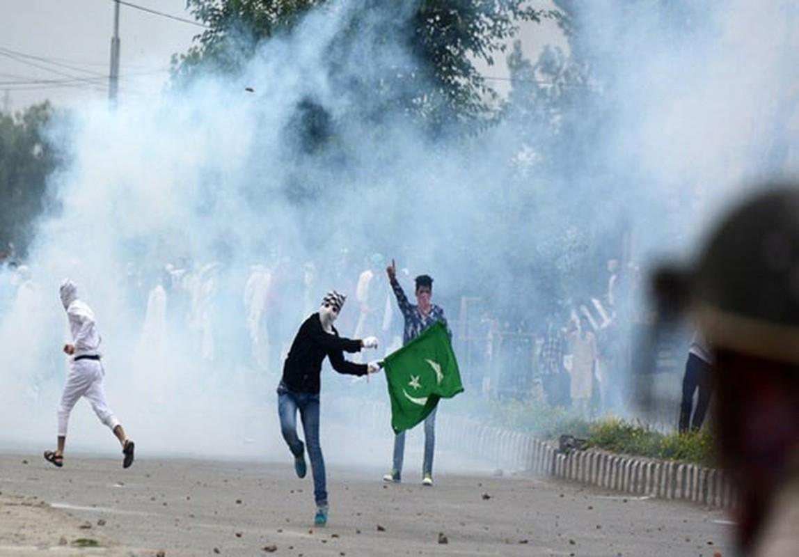 Anh: Dung do du doi bung phat o Kashmir dip le Eid al-Fitr-Hinh-8