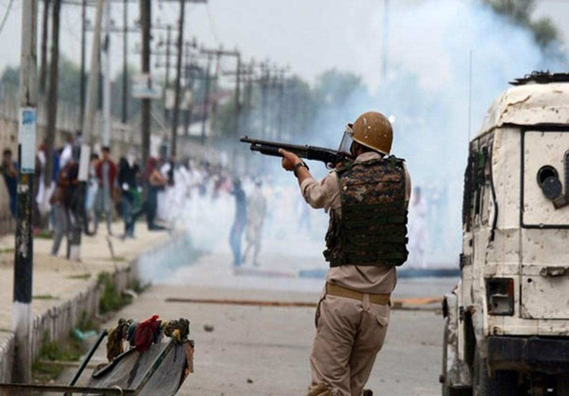 Anh: Dung do du doi bung phat o Kashmir dip le Eid al-Fitr