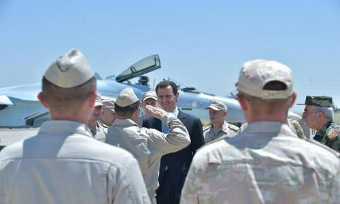 Anh: Tong thong Assad tham can cu khong quan cua Nga o Syria