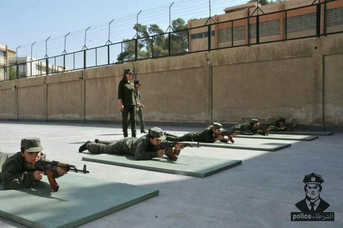 "Chum anh nu canh sat Syria xinh dep ""kho luyen"" o Damascus-Hinh-6"