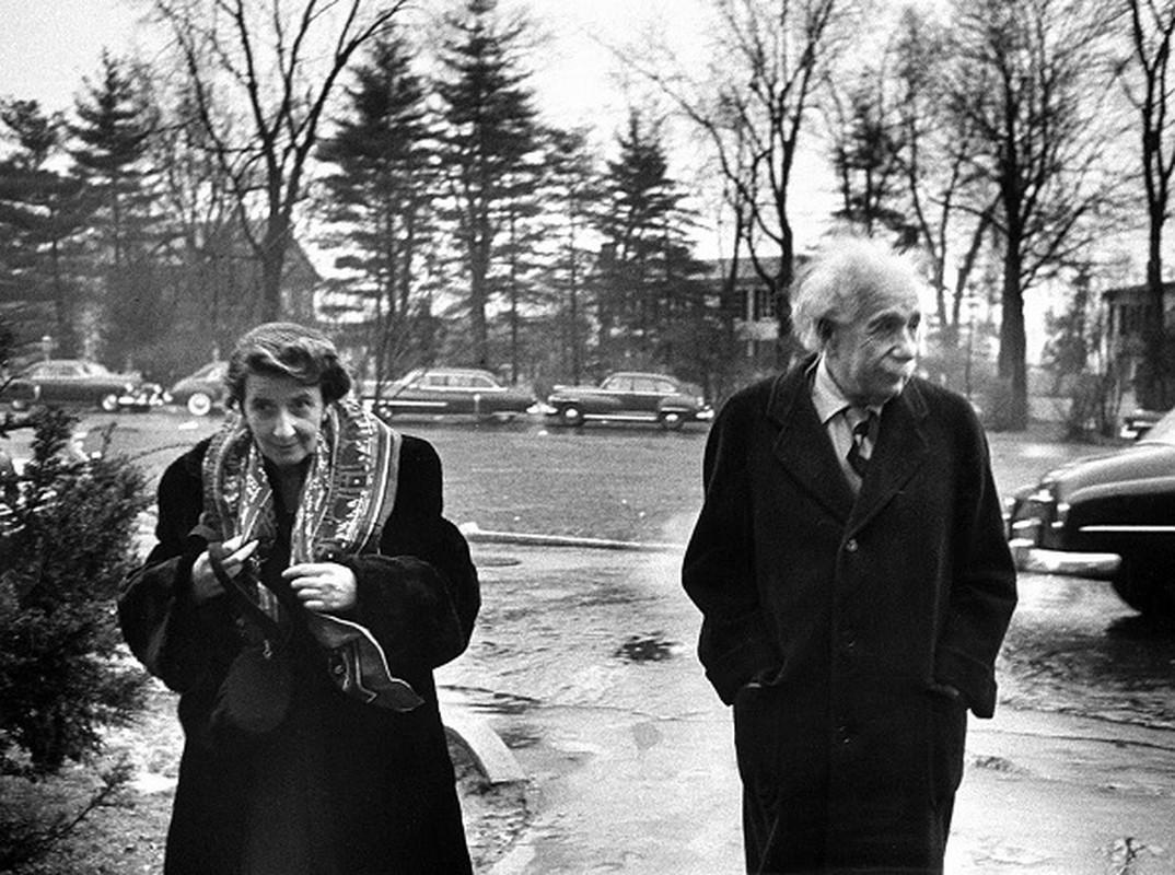 Anh hiem ve thien tai Albert Einstein thap nien 1940-Hinh-3