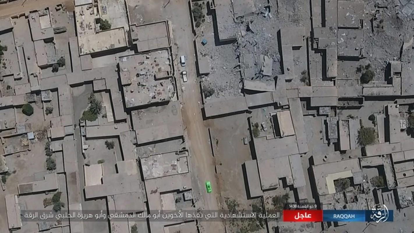 Kinh hoang IS bat tre em danh bom lieu chet o Raqqa-Hinh-2