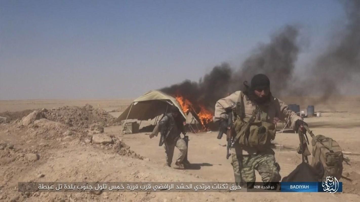 Anh: Khung bo IS tan cong du doi dan quan Iraq-Hinh-12