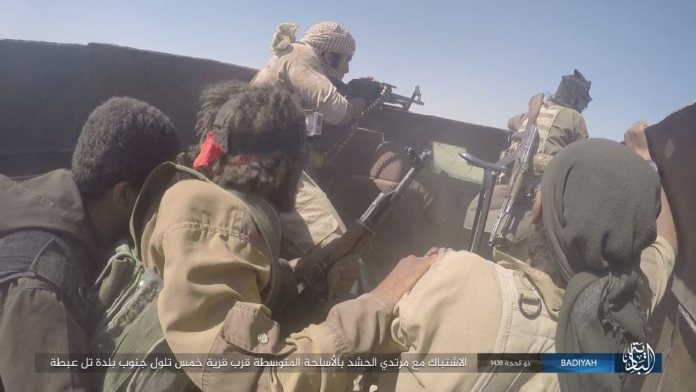 Anh: Khung bo IS tan cong du doi dan quan Iraq-Hinh-5