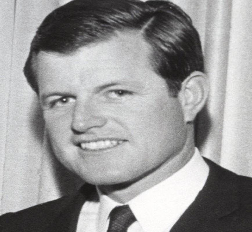 Ven man bi mat gay soc ve gia toc Kennedy-Hinh-10