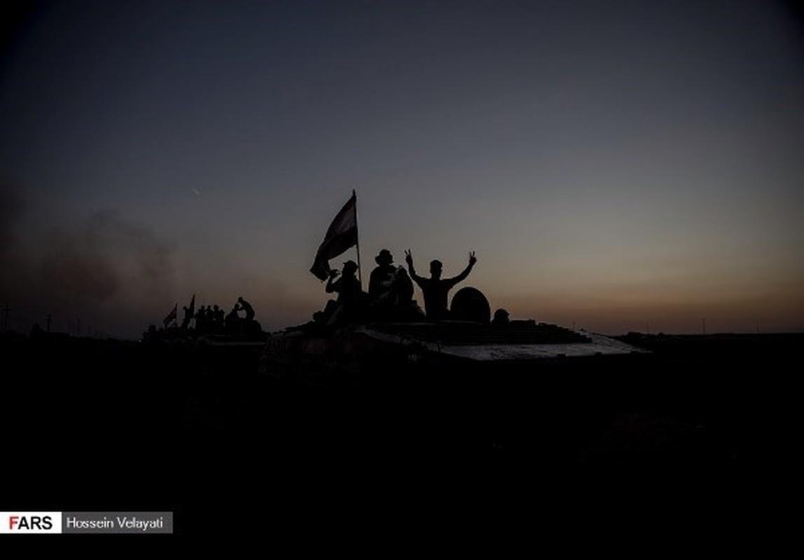 Anh: Mot ngay, quan doi Iraq diet 200 phien quan IS o Hawija-Hinh-12