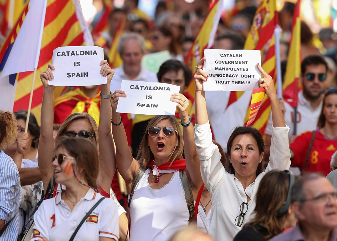 Bien nguoi Catalonia phan doi doc lap, the trung thanh voi Tay Ban Nha-Hinh-2