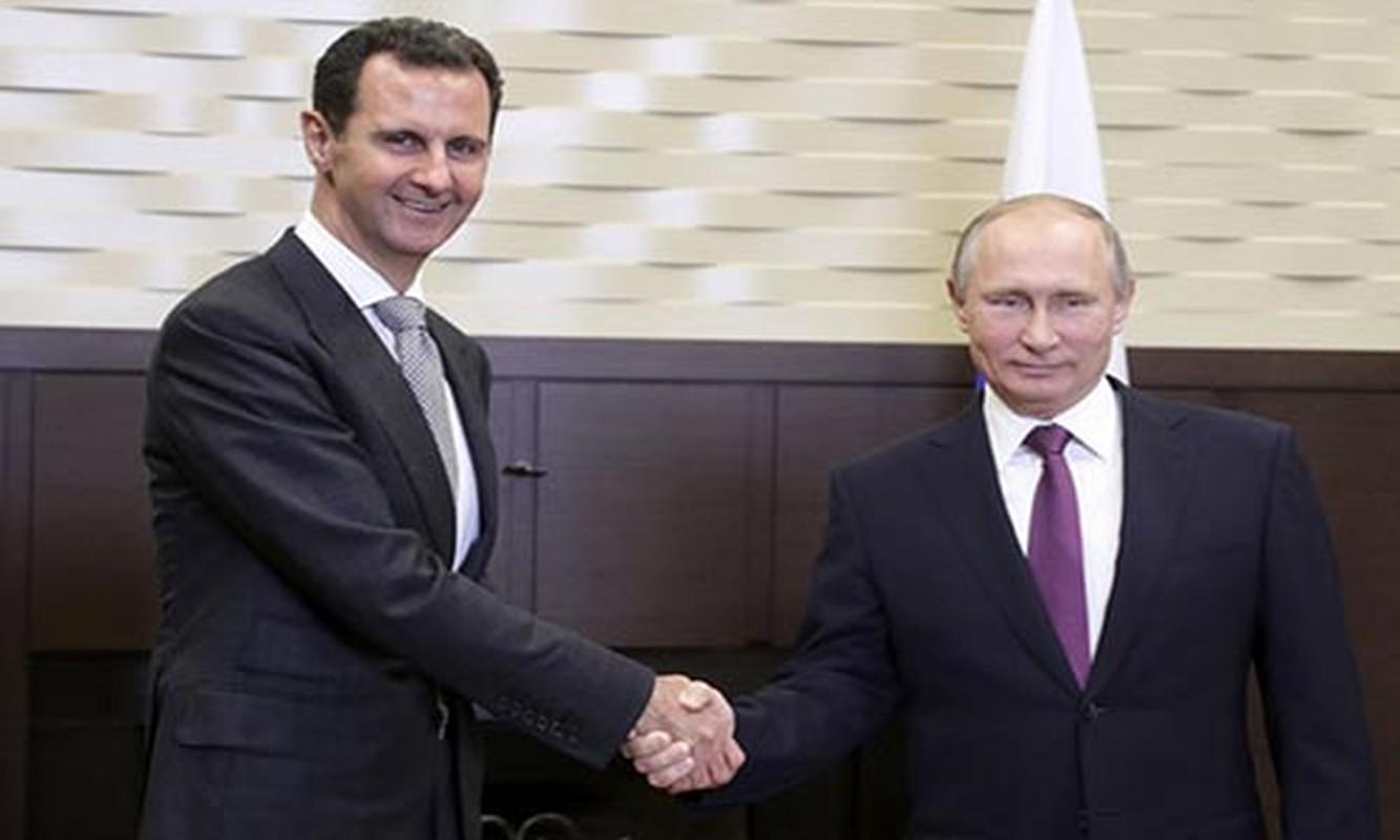 Cai bat tay chien thang cua Tong thong Putin va Tong thong Assad-Hinh-4